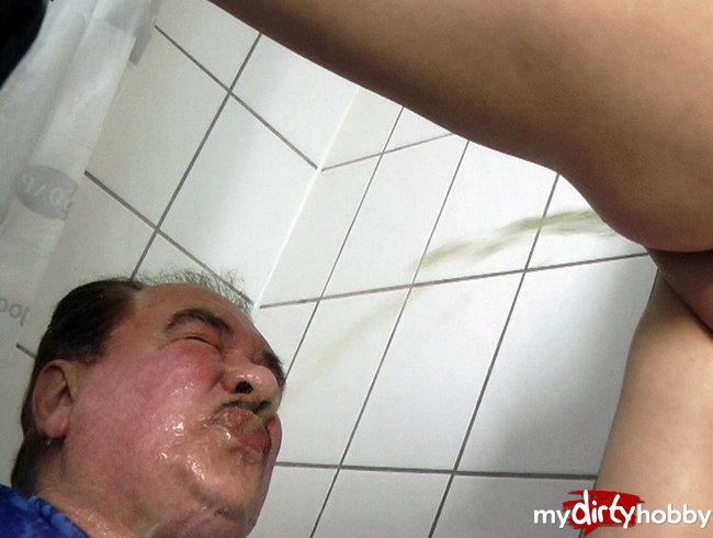 SCHLUCK DU PISS OPA